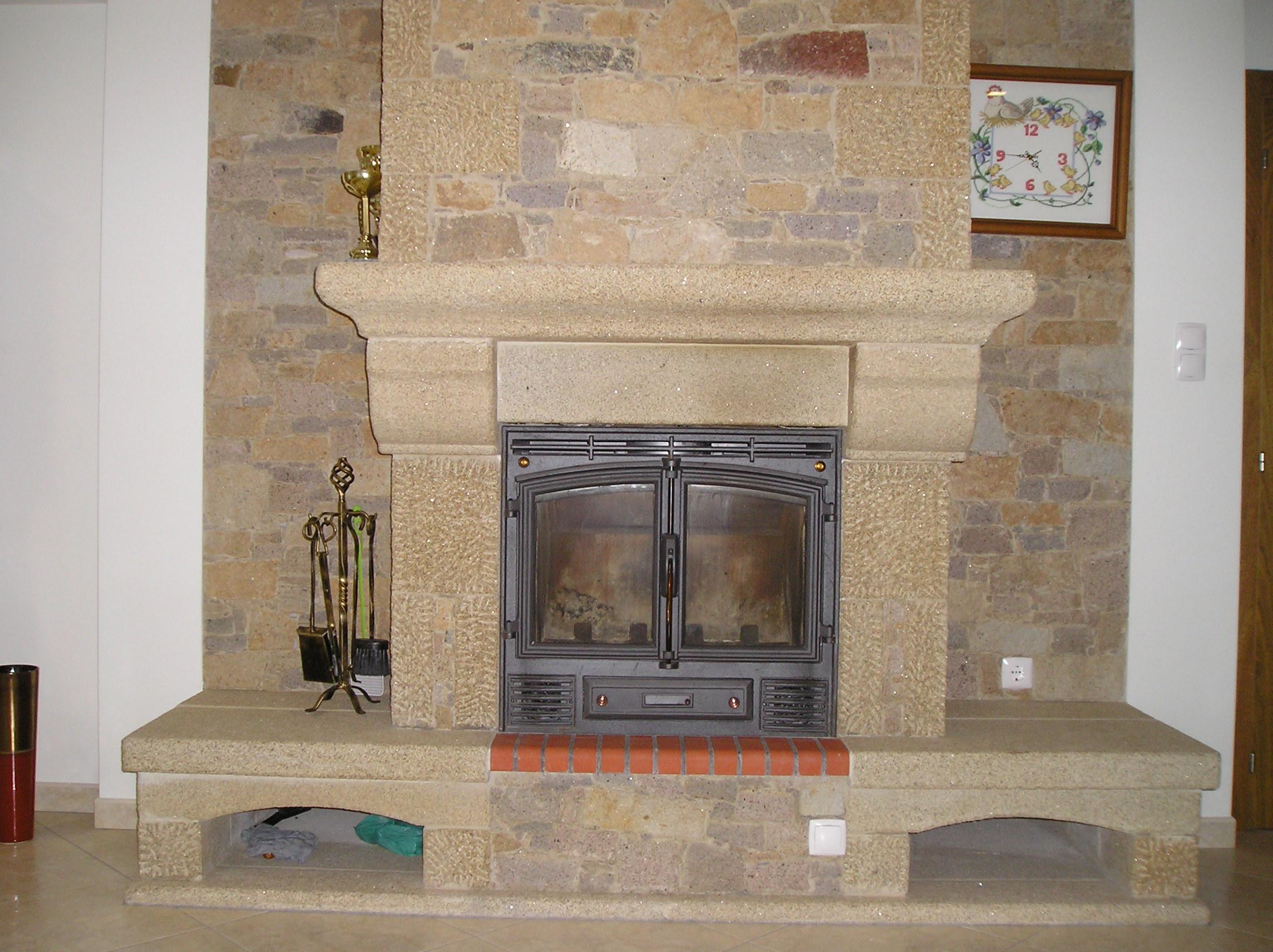 chemine en pierre gallery of nos et ralisations with chemine en pierre supra chemine en pierre. Black Bedroom Furniture Sets. Home Design Ideas